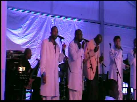 Bruce Smith and friends sing My Girl at his Pro Football Hall of Fame Induction Party
