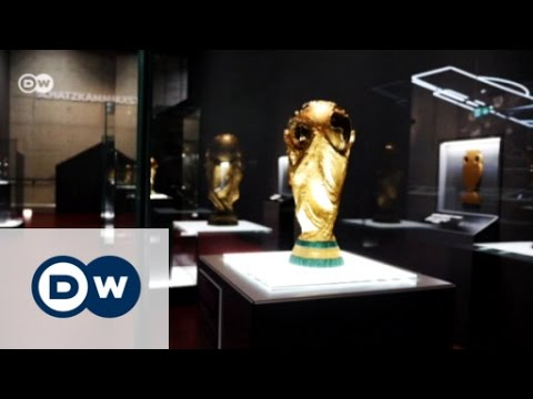 Football in museums | Euromaxx