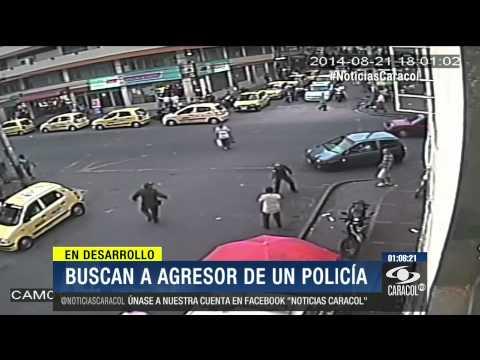 En plena vía pública hombre apuñaló por la espalda a un policía - 26 de Agosto de 2014