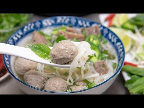 Instant Pot Beef Meatball Pho / Pho Bo Vien - Using Peanut Worms / Sa Sung