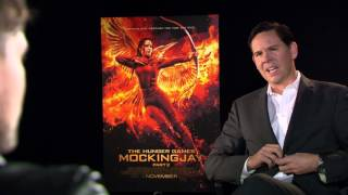 Jennifer Lawrence cracks me up | Behind The Scenes with Scott Carty