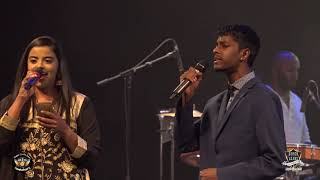 Mukkala Mukkabala - Shrutikka & Supaveen - Live Music by Super Leads Music Band