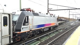 New Jersey Transit & Amtrak HD: Early Morning Secaucus Junction Action Thanksgiving Day 11/27/2014