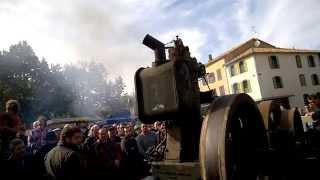 Caussade 2015 - Démarrage d'un des gros moteurs de Jean-François