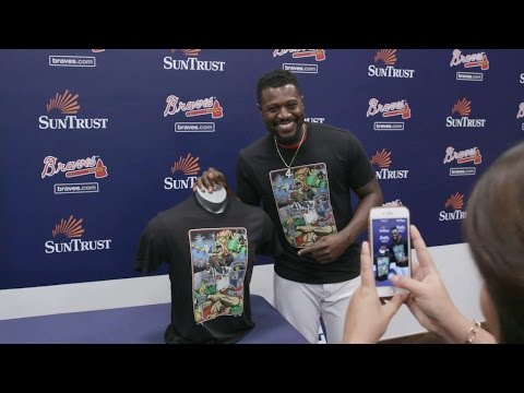 Phillips, Inciarte reveal T-shirts