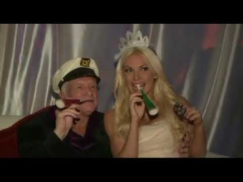 Hugh Hefner Marries Crystal Harris On New Year's Eve In 2012