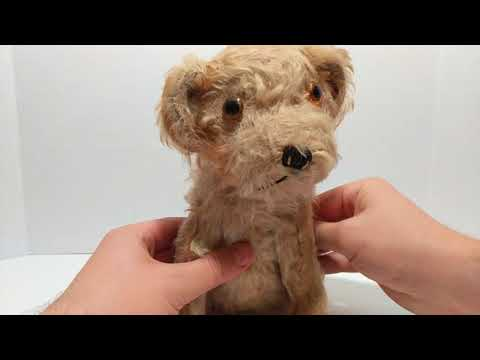 Vintage Toy: Musical Squeezing Stuffed Animal