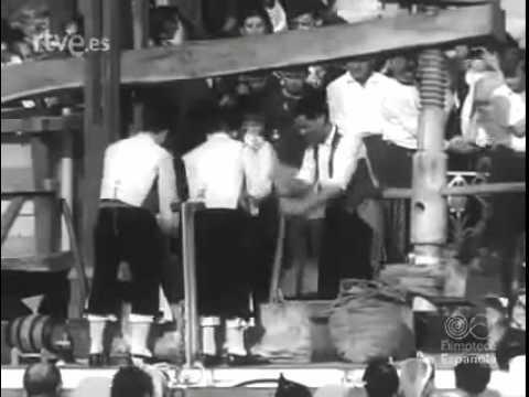 VILLAVICIOSA  DE ASTURIAS  en el  NODO  DE RTVE del 27 de septiembre de 1965