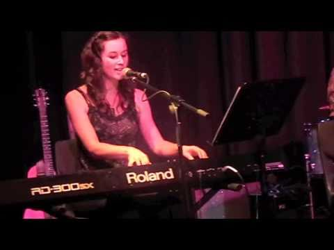 """Amy Alexander - """"Train of Thought"""" live @ CAM it up"""