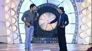 Yuvraj Singh dancing with Shahrukh khan