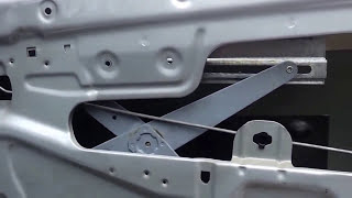 видео Установка штатного подогрева сидений на Р10