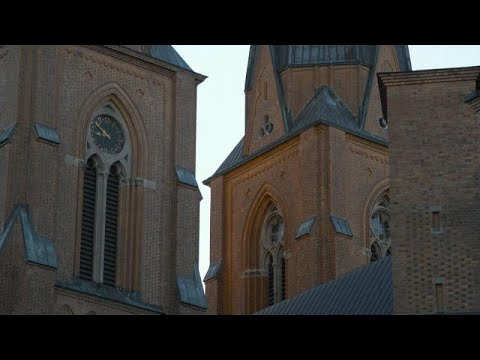 As cash goes extinct in Sweden, the church moves to adapt