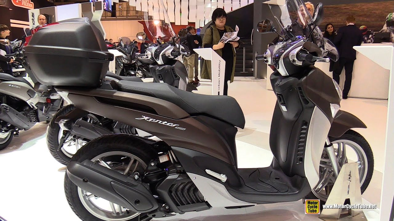 2016 yamaha xenter 125 scooter walkaround 2015 eicma. Black Bedroom Furniture Sets. Home Design Ideas