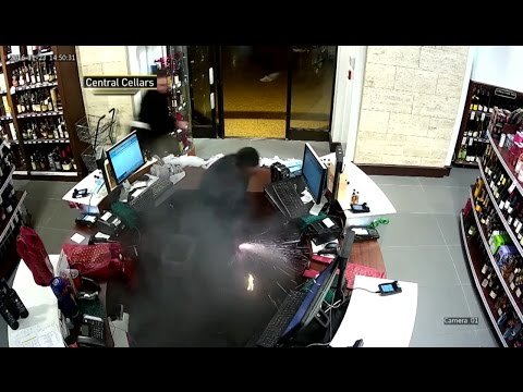 E-cigarette explodes in man's pants at NYC's Grand Central
