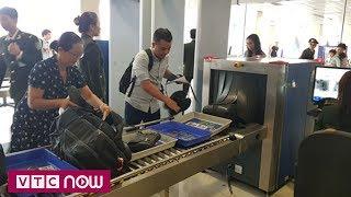 Vẫn nóng buôn lậu qua đường hàng không dịp Tết | VTC1