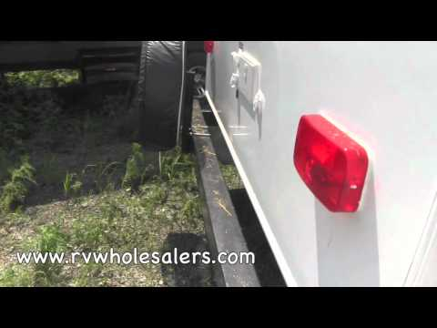 2013-wilderness-2650bh-travel-trailer-camper-at-rvwholesalers.com-255141---island