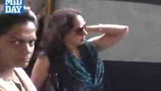 Indian Actress Hema malini caught and fined for travelling without Ticket