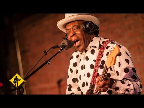 Skin Deep featuring Buddy Guy | Playing For Change | Song Across America