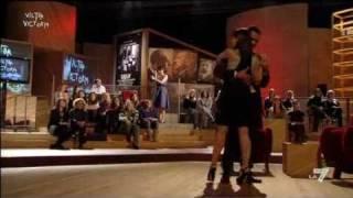 VICTOR VICTORIA - Arisa reintepreta 'Labyrinth' di Elisa