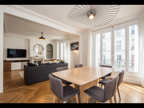 (Ref: 92074) 2-Bedroom furnished apartment for rent on rue d'Orléans (Neuilly-sur-Seine)
