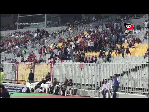 جماهير الأهلي تهتف: «في الجنة يا شهيد» في الدقيقة 74 أثناء مباراة الوصل الإماراتي ببرج العرب
