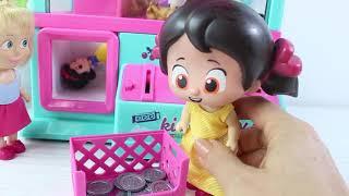 Patates Adam Niloya ve Maşa Oyuncak Alıyorlar Şeker Makinasından Oyuncakları Kim Alacak?