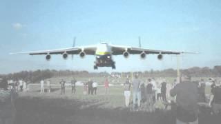 Antonov An-225 Low Landing