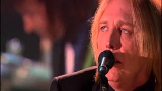 "TOM PETTY AND THE HEARTBREAKERS   "" crawling back to you "" live"