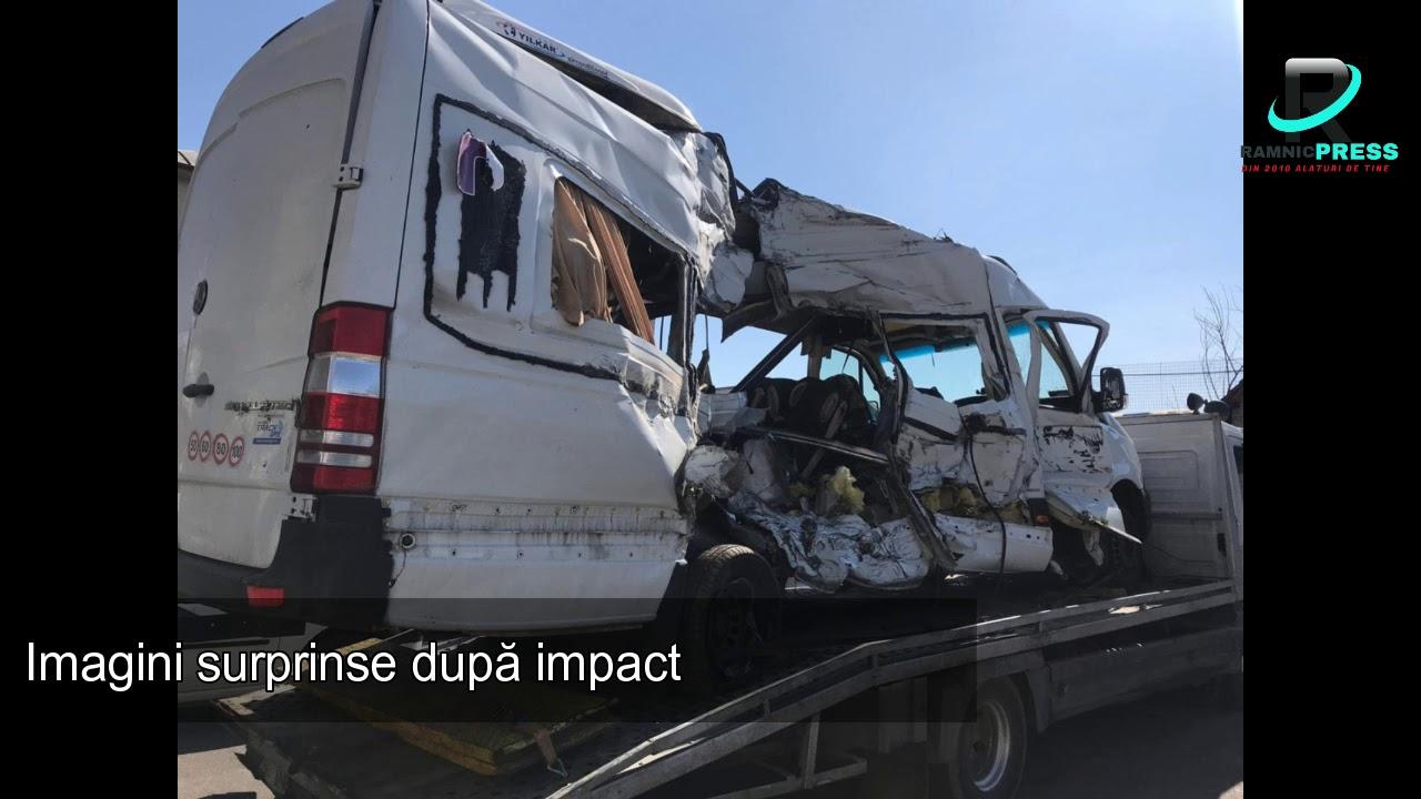 Download Accident Buzau: Microbuz plin de pasageri lovit de tren in zona localitatii C.A. Rosetti