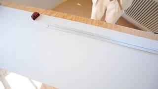 видео Как поклеить обои на фанеру: пошаговая инструкция