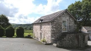 Farm Holiday Cottage in West Wales countryside