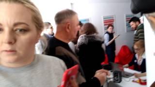 Навального облили зеленкой в Барнауле - эксклюзив