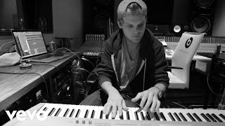 """Avicii - The Story Behind """"Peace Of Mind"""" ft. Vargas & Lagola"""