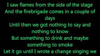 Repeat youtube video Ed Sheeran - Sing (Lyrics)