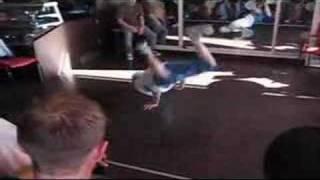 born to the floor 2007 bboy Physicx