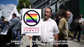 Video The first gay parade in Ukraine: anti-gay protests download MP3, 3GP, MP4, WEBM, AVI, FLV Agustus 2018