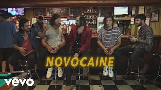 The Unlikely Candidates - Novocaine (Portuguese Lyric Video)