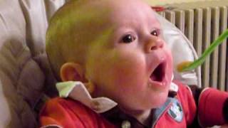 Video Hungry Baby download MP3, 3GP, MP4, WEBM, AVI, FLV Juli 2018