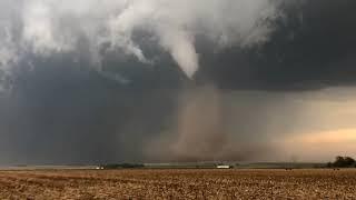 DRONE INTERCEPT of tornado-genesis west of McCook, NE!