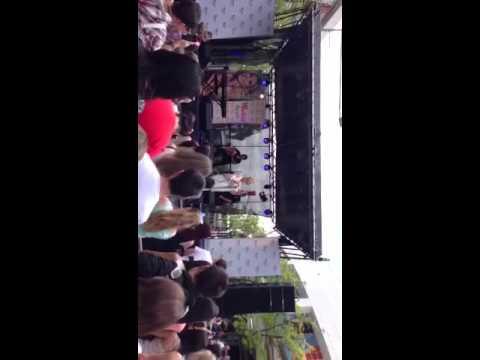 Safe To Believe - Delta Goodrem (LIVE - Penrith NSW)