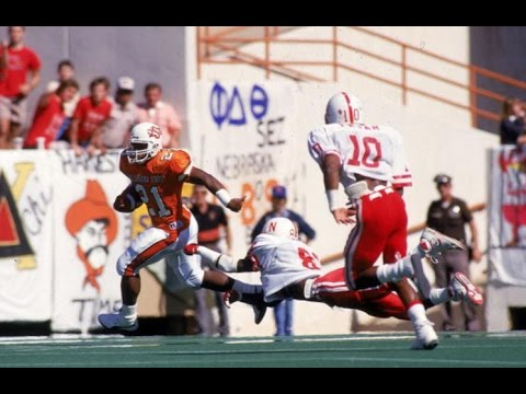 Classic Tailback - Barry Sanders Oklahoma St. Highlights