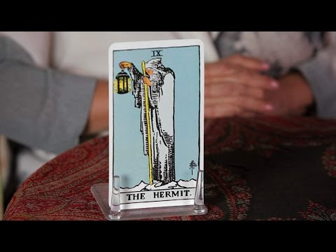 How to Read the Hermit Card | Tarot Cards