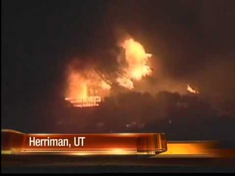Nearly a dozen homes destroyed by wildfire in Utah