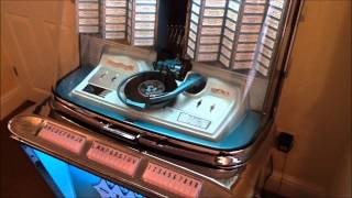 Rock-Ola Regis Model 1495 (1961 Classic Jukebox)