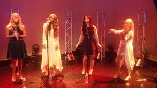 Download lagu Celtic Woman -  Shenandoah / Téir Abhaile Riú - Performance at Studio 10