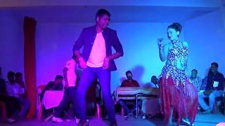 Ek tere hi chehre pe pyar aaya..Amazing Dance by a Couple...!!