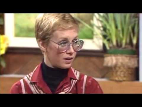Sandy Duncan, as Peter Pan, flying with no sight in left eye!