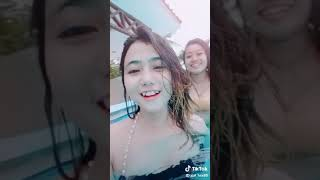 Video Tik tok !! Mengintip cewek seksi mandi di kolam renang download MP3, 3GP, MP4, WEBM, AVI, FLV Oktober 2018