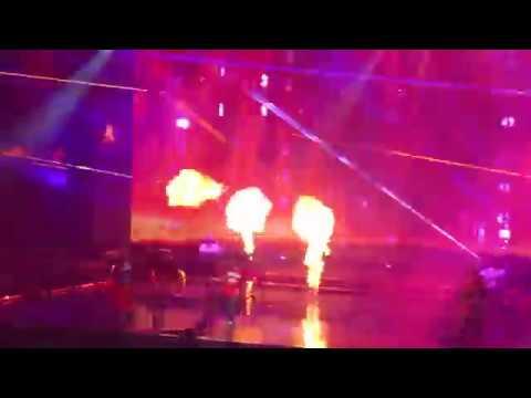 Bruno Mars Performing 'Uptown Funk' Prudential Center In Newark, NJ 10/2/2018