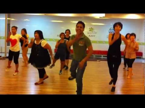 Jhalla Wallah - Ishaqzaade - Bollywood Dance Fitness - Master Deepak